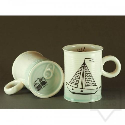 Ръчно изработена порцеланова чаша тип консерва Art.E Handmade - Boat