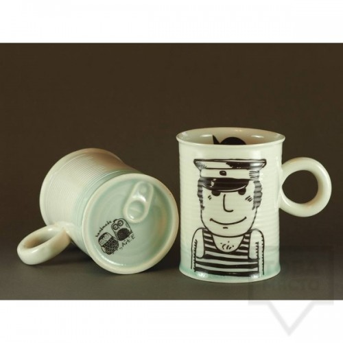 Ръчно изработена порцеланова чаша тип консерва Art.E Handmade - Cartoon Sailor