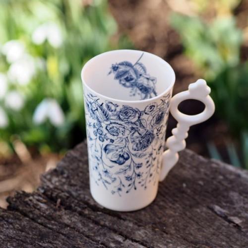 Ръчно изработена порцеланова чаша Art.E Handmade - Лято