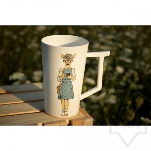 Ръчно изработена порцеланова чаша Art.E Handmade - Oh, deer