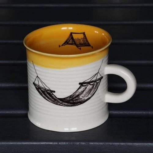 Ръчно изработена порцеланова чаша тип консерва Art.E Handmade - Hommock