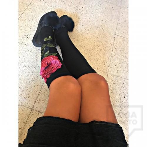 Дамски дълги чорапи ArtLab - Red Rose