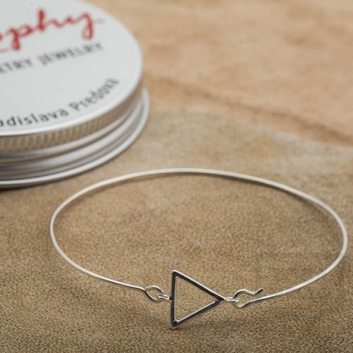 Сребърна гривна Feelosophy - триъгълник