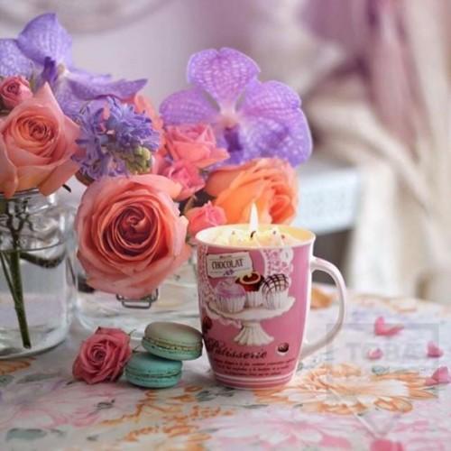 Ръчно изработена ароматна свещ Gancini - yummy pink