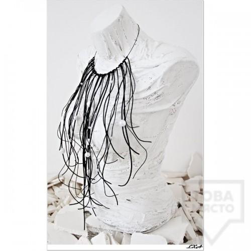 Дизайнерско колие LXA - Leather Pearls