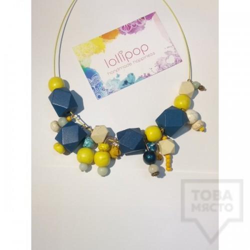 Ръчно изработено колие Lollipop - дървени топчета и висулки - жълто и синьо