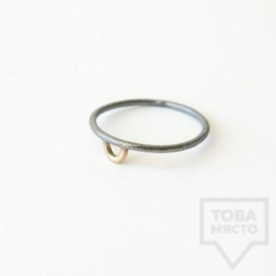 Сребърен пръстен Pin - със златен елемент 3 оксидиран