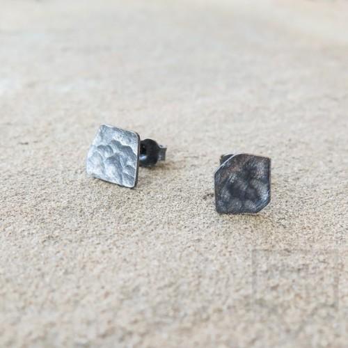 Асиметрични сребърни обеци Pin - оксидирано сребро