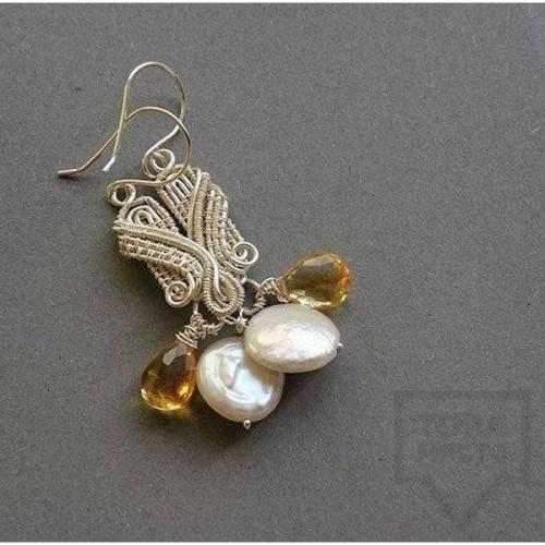 Ръчно изработени обеци Songe Jewelry - Golden Pearls