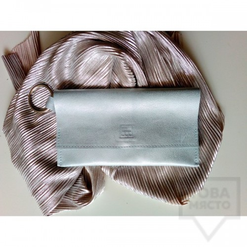 Елегантен сребърен клъч от естествена кожа - Три Точки