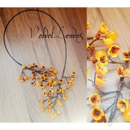 Ръчно изработено колие VelvetLeaves - clay flowers оранжево