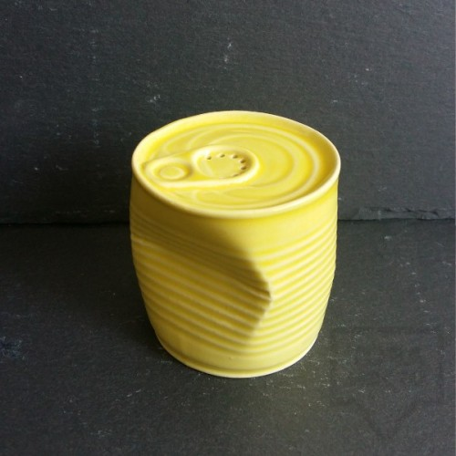 Ръчно изработена порцеланова солница -смачкана консерва - Korchev Design Studio - yellow