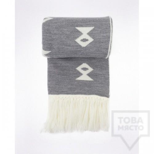 Дизайнерски зимен шал Shevitza- Chiprovtsi